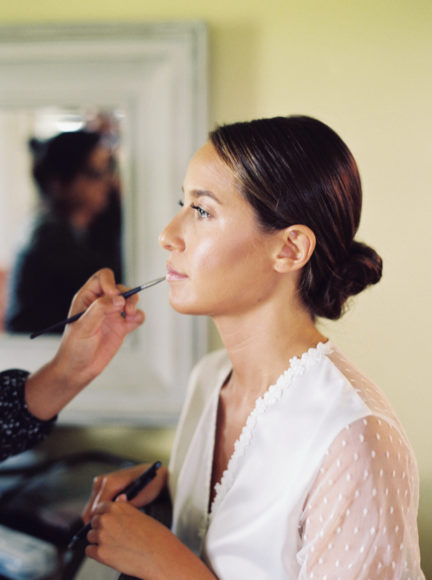 bride getting ready photo by Matoli Keely Photography